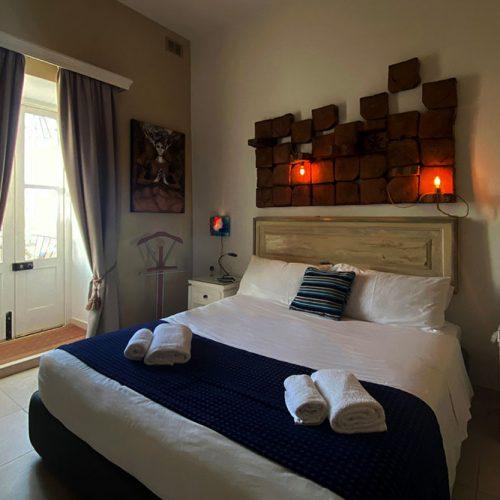 Room 545 - Bed