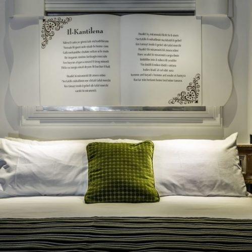 Room 343 - Bed